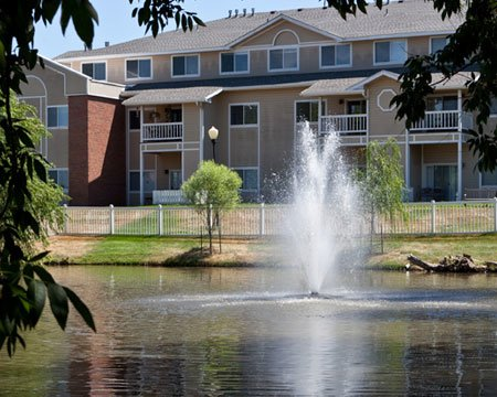 The Fountains at Greenbriar - Photo 1 of 8