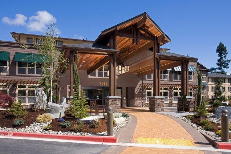The Lodge at Mallard's Landing - Photo 1 of 8