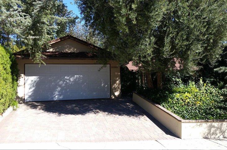 Villa Mulholland II - Woodland Hills, CA