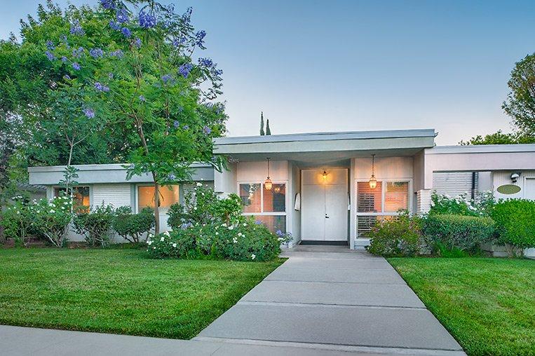 Twin Palms - Chatsworth, CA